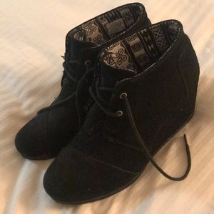 TOMS Kala suede wedge booties